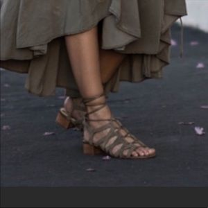Sam Edelman Ardella Lace Up Suede Sandals Sz 9